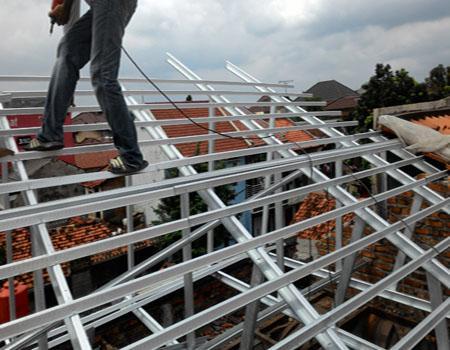 kontruksi atap baja ringan